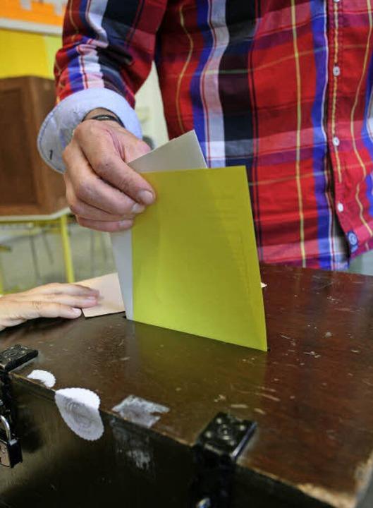 Stimmabgabe bei der Bundestagswahl vor...ahrs  Oberbürgermeister gewählt wurde.  | Foto: BASTIAN BERNHARDT