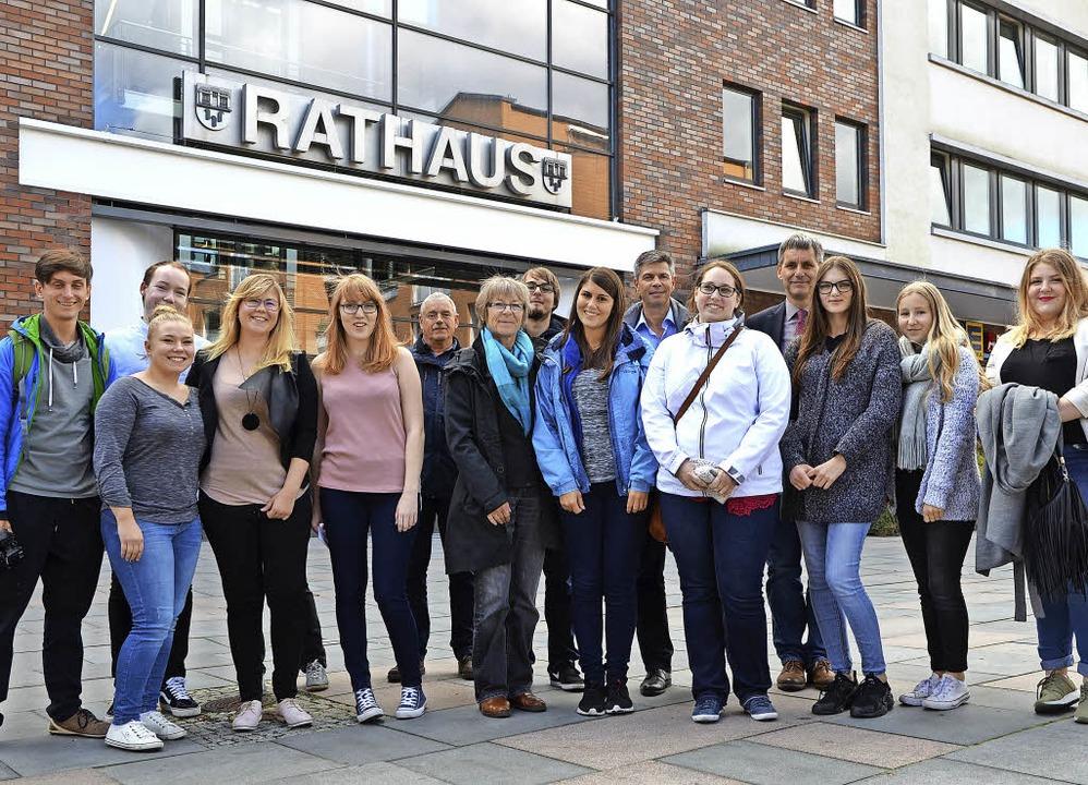 Die Delegation aus Schopfheim und Bürg...us Kleinmachnow (vierter von rechts).   | Foto: privat