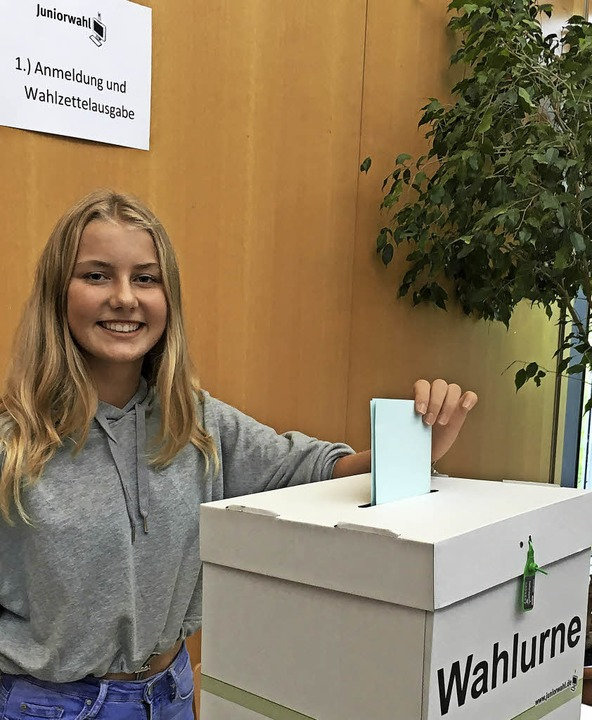 Annalena Kratt hat bereits gewählt, al...gymnasium Bad Krozingen beteiligt hat.  | Foto: Schule