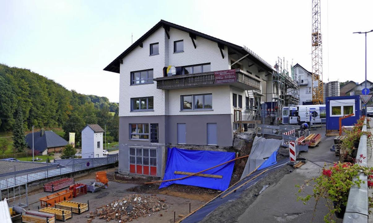 Das Rathaus in Rickenbach ist  eine Gr...der für die Arztpraxis gebraucht wird.  | Foto: Martin Köpfer