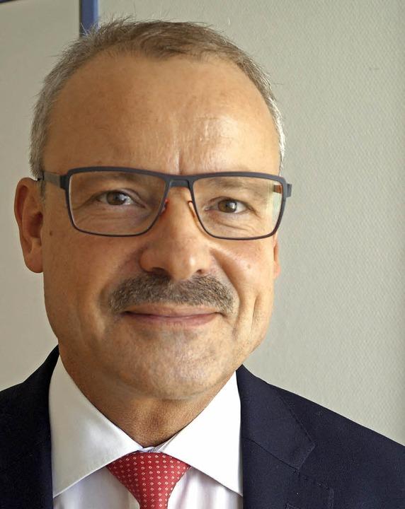 Der langjährige Chefarzt Andreas Jakob...t an ein Tumorzentrum in der Schweiz.     Foto: Storck