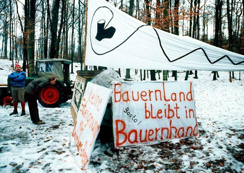 Pate des Widerstands: Bauern mit Bunds... Daimler-Benz-Teststrecke bei Boxberg.    Foto: Norbert_Försterling