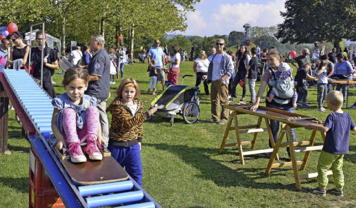 Die Rollenrutsche war eine der vielen Attraktionen beim Weltkindertag.  | Foto: Michael Bamberger