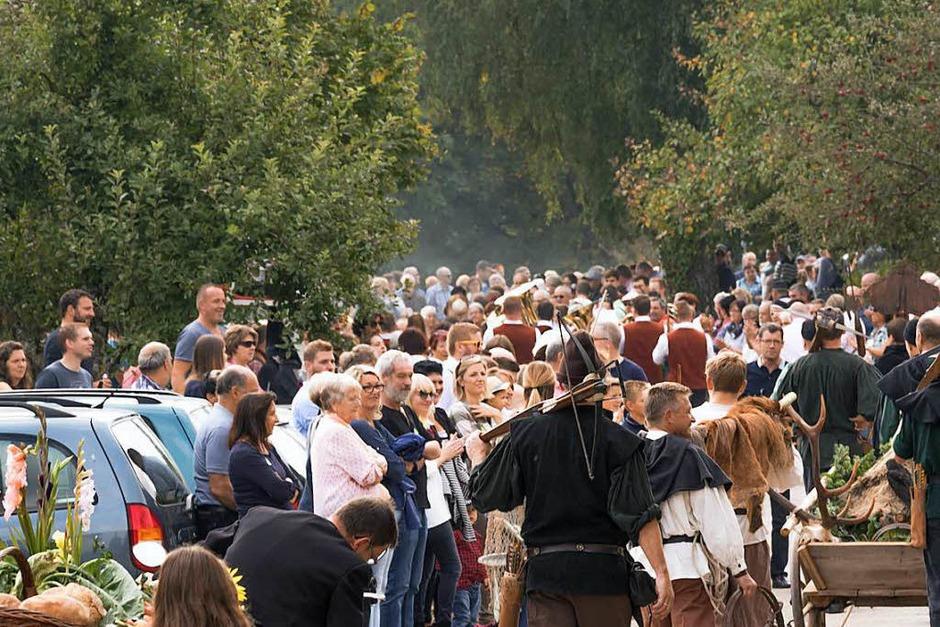 Zuschauer und Teilnehmer so weit das Auge reicht (Foto: Wilfried Dieckmann)