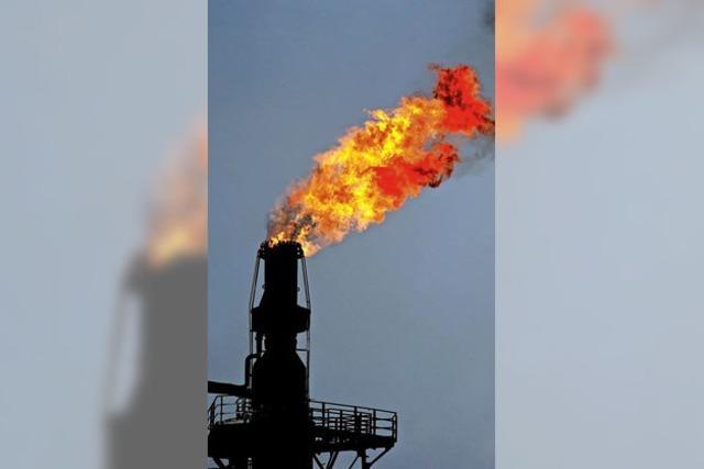 Politische Krisen treiben Ölpreis in die Höhe