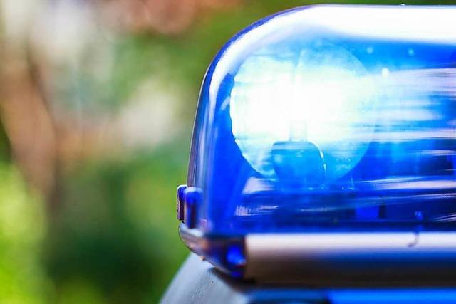Messerstecherei unter Frauen: Polizei sucht nach 55-jähriger Tatverdächtigen