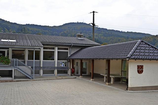 Pausenhalle in Riedichen soll der Feuerwehr weichen