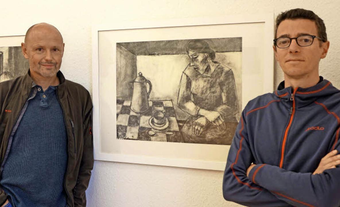 Den Blick auf Kohlebilder von Paul Ibe...tellung im Ibenthaler-Haus in Lörrach   | Foto: Roswitha Frey