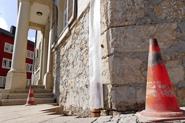 Feuchtigkeit im Mauerwerk soll bald der Vergangenheit angehören