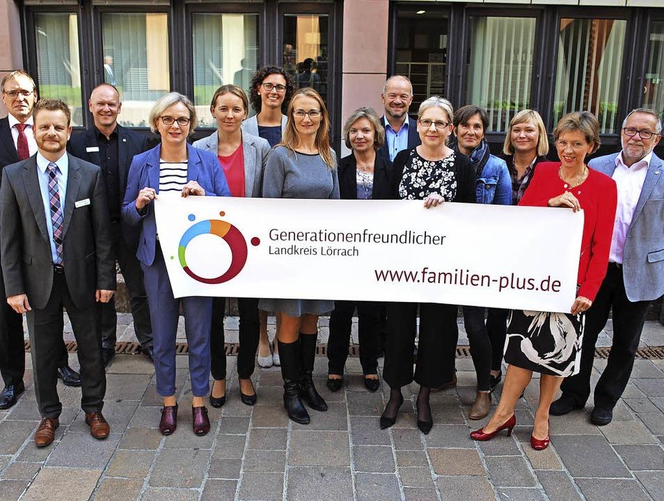 Vertreterinnen und Vertreter der Partner im Bündnis   | Foto: Mink