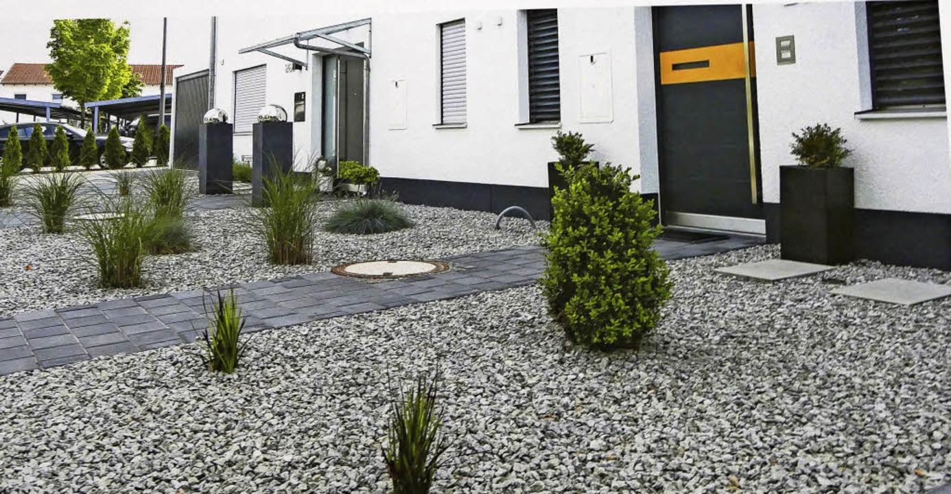 In immer mehr Gärten dominieren Stein ...awandel eine bedenkliche Entwicklung.   | Foto: Frank Kreutner