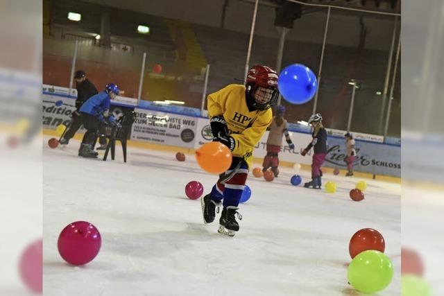 """""""Kids Day"""" des EHC Freiburg soll den Nachwuchs für Eishockey begeistern"""