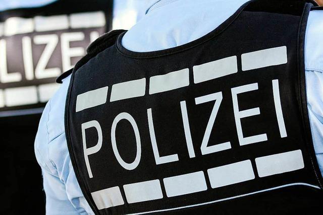 Mit Messer bewaffnete Jugendliche erbeuten in Freiburg ein paar Euro