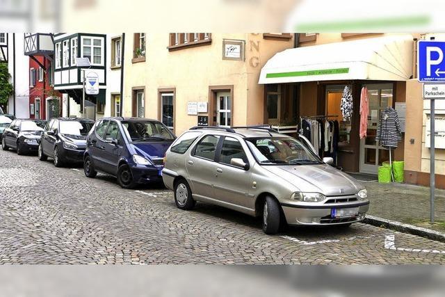 Keine Parkplätze an Rheinbadstraße