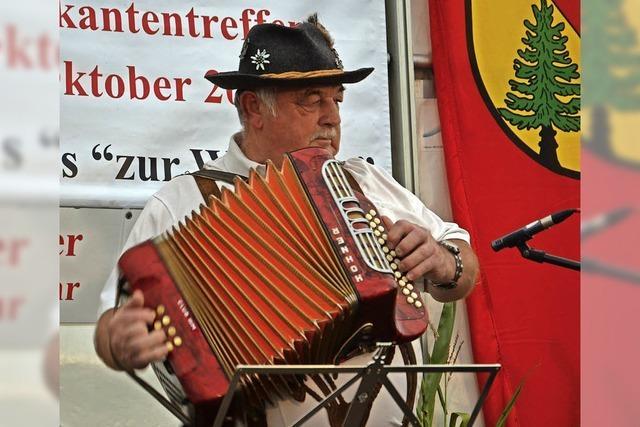 Fest in der Hand der Volksmusik