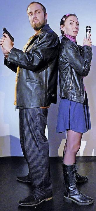 Dominik Berberich und Jana Skolovski als Gaunerpaar   | Foto: pr