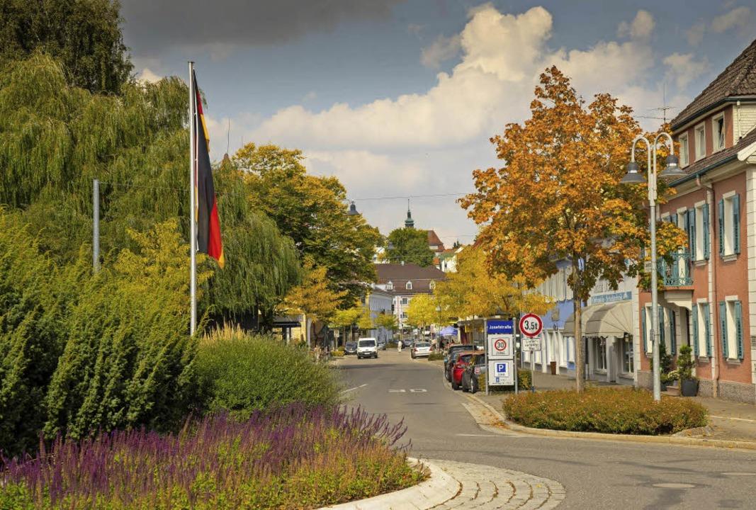 Die Josefstraße im Herbstgewand     Foto: Rolf Wetzel