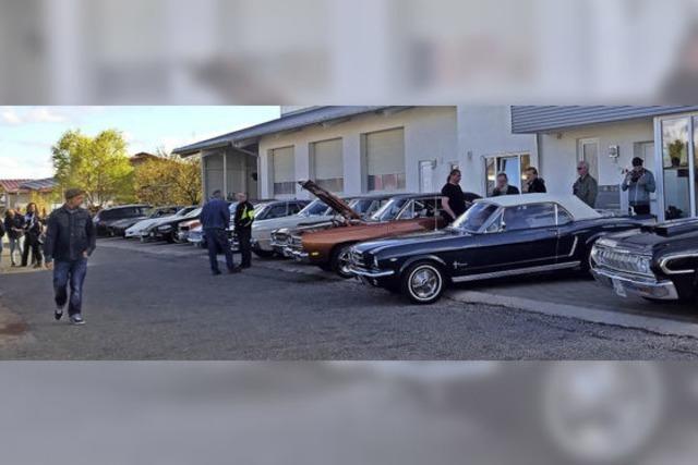 Kraftstrotzende US-Autos