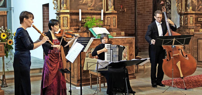 Petra Roderburg-Eimann (Blockflöte), K...onzert rund um den 20-jährigen Mozart.  | Foto: Andreas Mahler