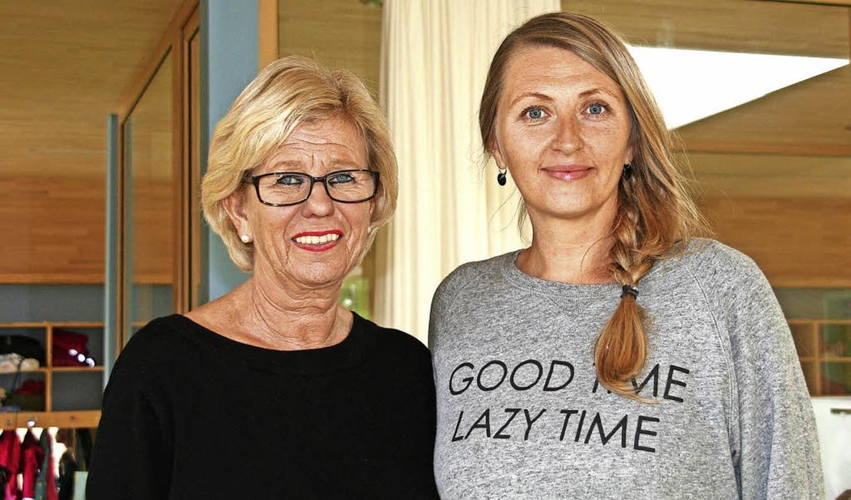 Kita-Leiterin Angelika Keil (links) mit Ansprechpartnerin Julia Diaz    Foto: Marlies Jung-Knoblich