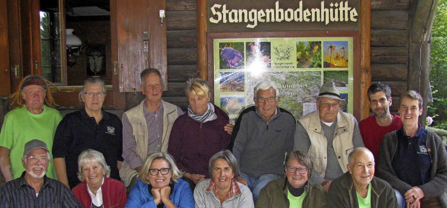 Die Bergfreunde Münstertal mit ihren V... auf die Stangenbodenhütte eingeladen.  | Foto: Manfred Lange