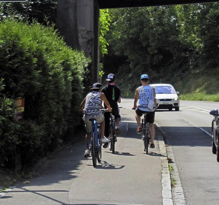 Engpass für Radler und Fußgänger    Foto: privat