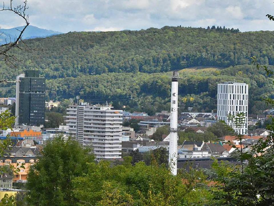 Der Brandschutz bei den Lörracher Hoch...esten Stand, sagt die Stadtverwaltung.  | Foto: Barbara Ruda