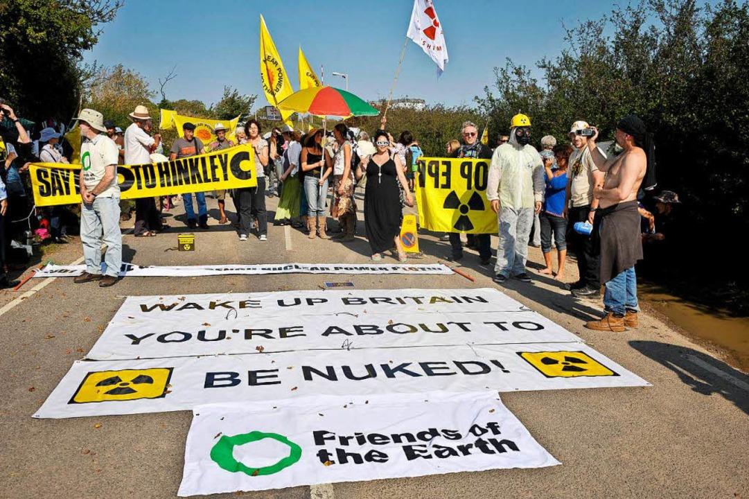 Auch in Großbritannien gab es Proteste gegen das Akw.    Foto: AFP