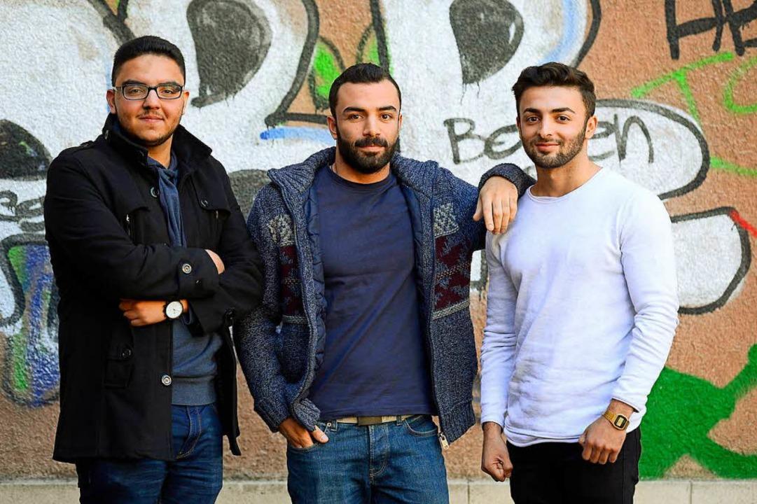 Flüchtlinge, die am Eucken-Gymnasium A...rf Elddin Rahhal und  Schehmus Mahmoud  | Foto: Ingo Schneider