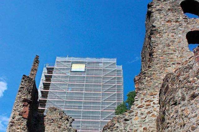 Schon wieder: Fahne von der Kastelburg geklaut