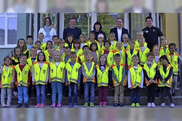 Sicherheitswesten für Schulanfänger in Seelbach