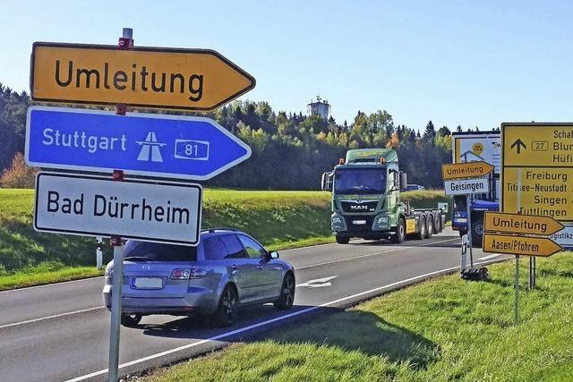 Wegweiser ins Verkehrschaos