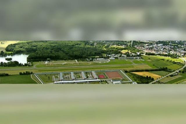 BI beklagt Trassenplanung über die Flugplatzbefürworter hinweg
