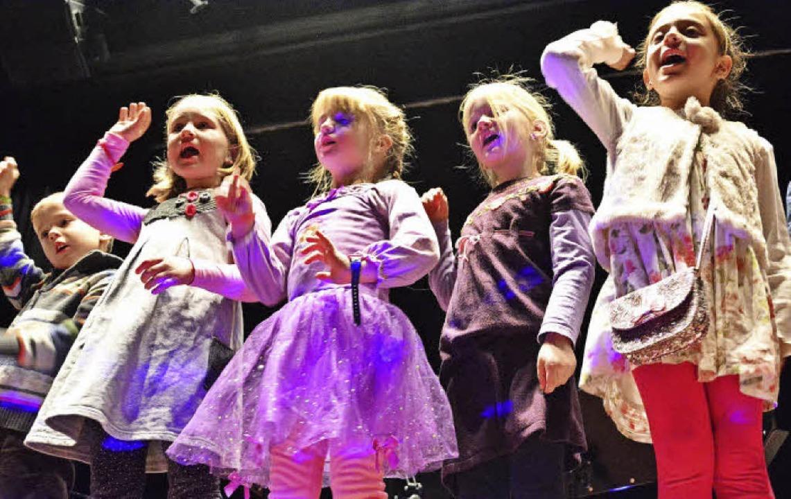Kinder der musikalischen Früherziehung sind immer begeistert dabei.   | Foto: Barbara Ruda