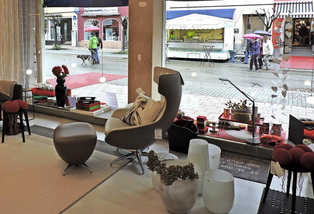Handwerkskunst findet sich auch in Geschäften, wie diese Möbel.  | Foto: Sylvia Sredniawa