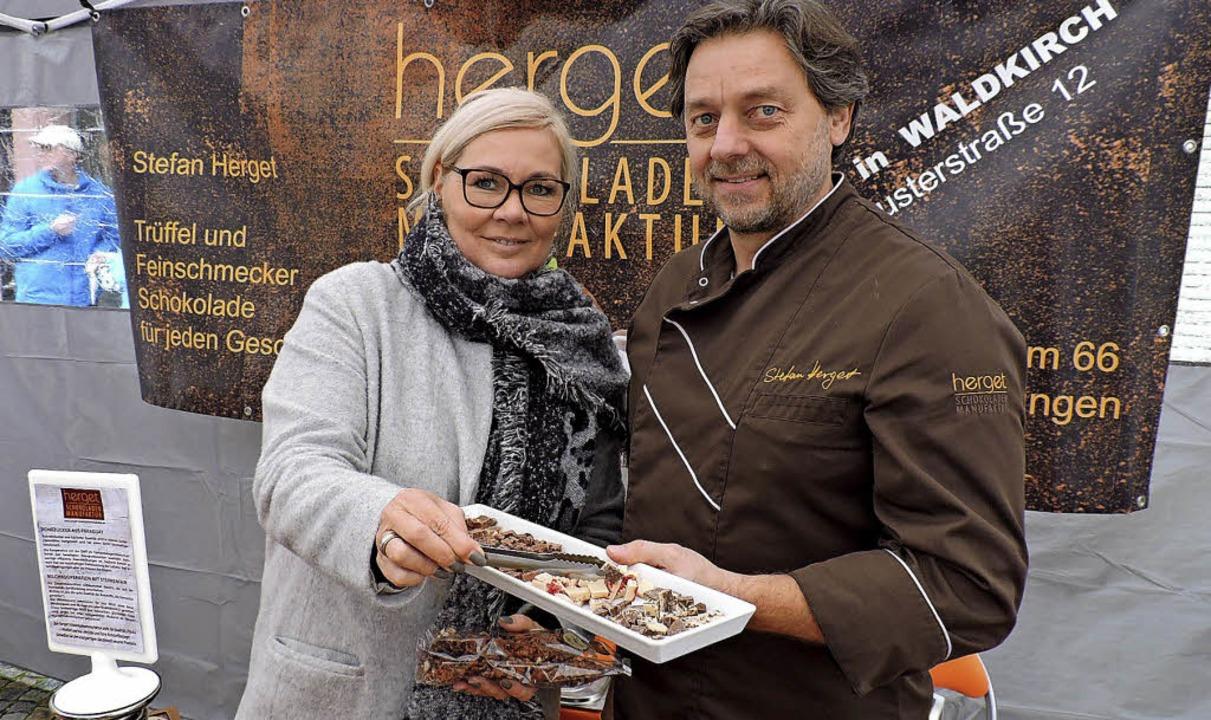 Claudia und Stefan Herget stellen in i...schäften in Emmendingen und Waldkirch.  | Foto: Fotos: Katharina Timm/Sylvia Sredniawa