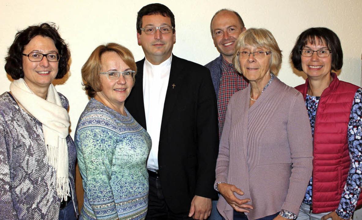 Der  Vorstand: Alexandra Hipfner-Sonnt...de Monika Kretsch und Mechthild Rühe.   | Foto: Mario Schöneberg