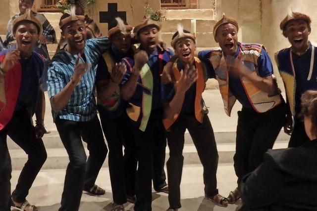 Tanz, Gesang und eine furiose Show