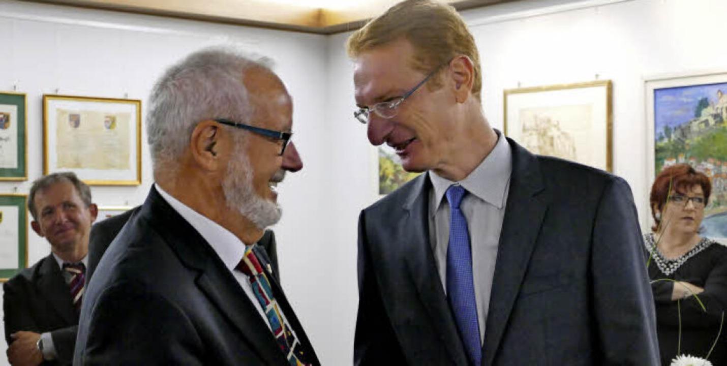 Der alte und der neue Rathauschef: Amt...homas Gedemer zu dessen Wahlergebnis.   | Foto: Lena Marie Jörger