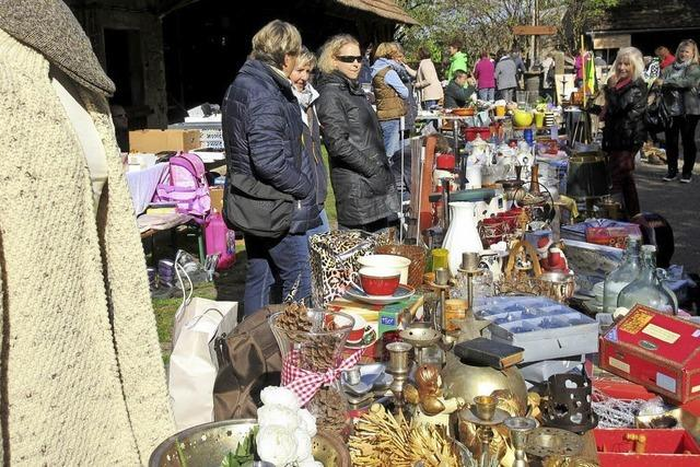 Dorffest und Flohmarkt