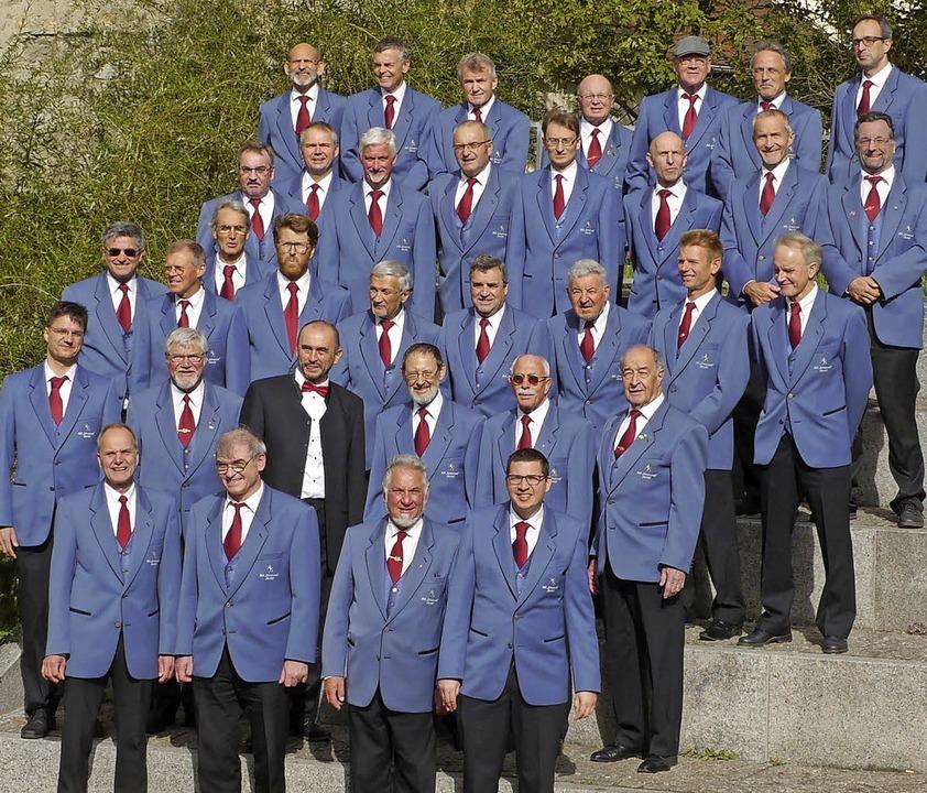 Beim 11. Badischen Chorwettbewerb in B...nnergesangverein Schwarzwald Oberried   | Foto: Privat