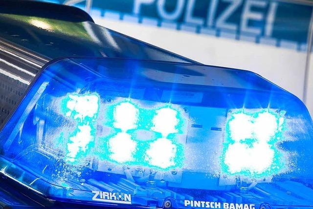 Ein Verletzter und 14 000 Euro Schaden bei Unfall