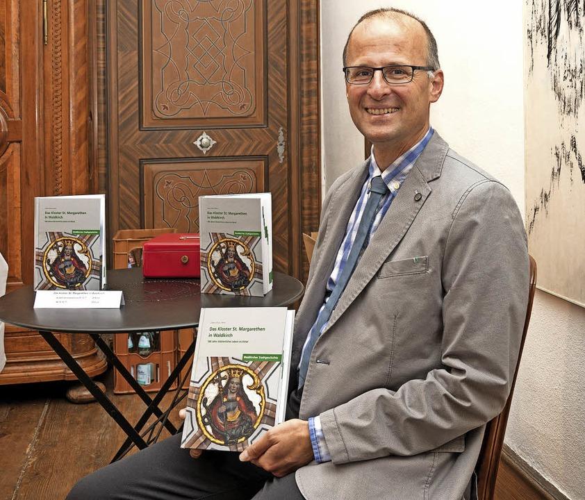 Andreas Haasis-Berner bei der Vorstellung seines neuen Buches.  | Foto: Helmut Rothermel