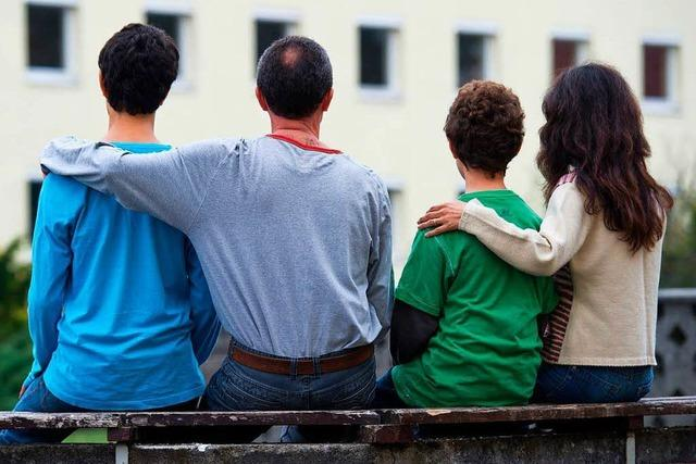 Verfassungsgericht muss entscheiden: Gibt es ein Recht auf Familie?