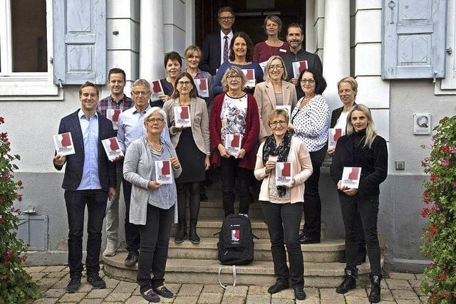 Weingastgeber bieten Pakete an