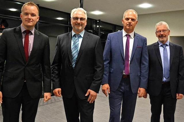 Vier wollen auf den Chefsessel