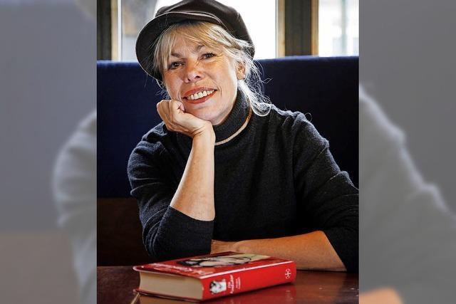 Petra Gabriel ließt in der Buchhandlung Buch & Café in Laufenburg aus ihrem neuen historischen Roman