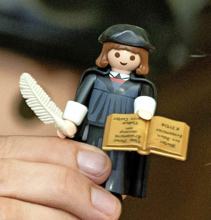 Luther als Playmobilfigur     Foto: dpa