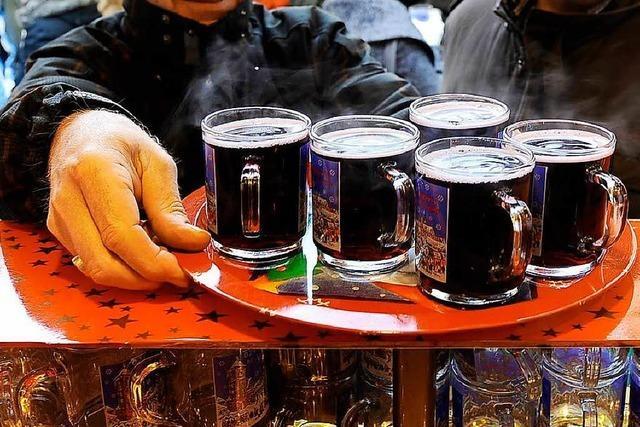 Streit um Glühweinstände auf dem Freiburger Weihnachtsmarkt geht vor Gericht