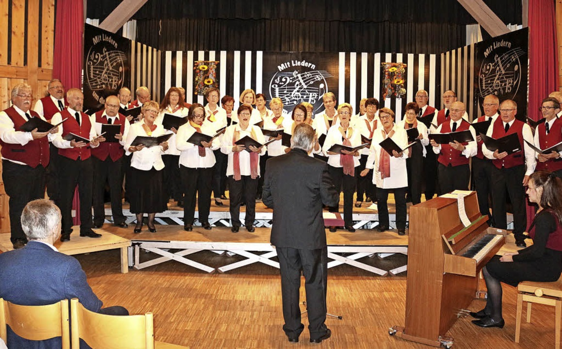 Der gemischte Chor bewies ein glänzend... Kostproben ihres herrlichen Gesangs.     Foto: Fotos: Heiss